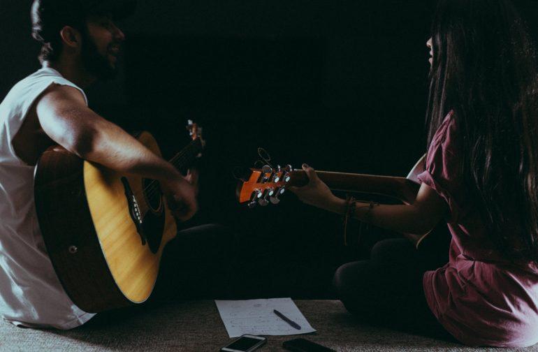 To Sing or not to Sing (2)